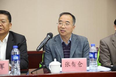 中铁一局集团企业发展部副部长 张智仓